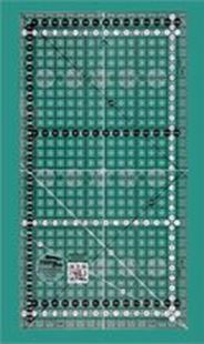 Bild av Creative Grids halvlinjal 16,5 x 31,5 cm